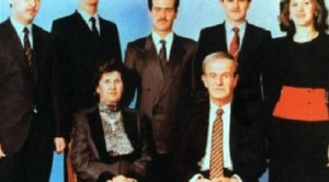 بشار الأسد والدته ووالده   وأخوته