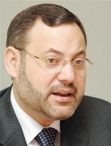 أحمد منصور مذيع الجزيرة