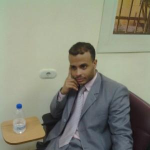 المحامى محمد العشاوى