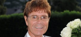Sir Cliff's lawyers criticise MPs