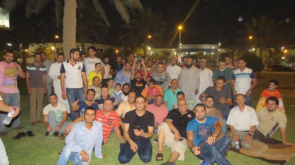 تجمع المصريين بعد الإفطار
